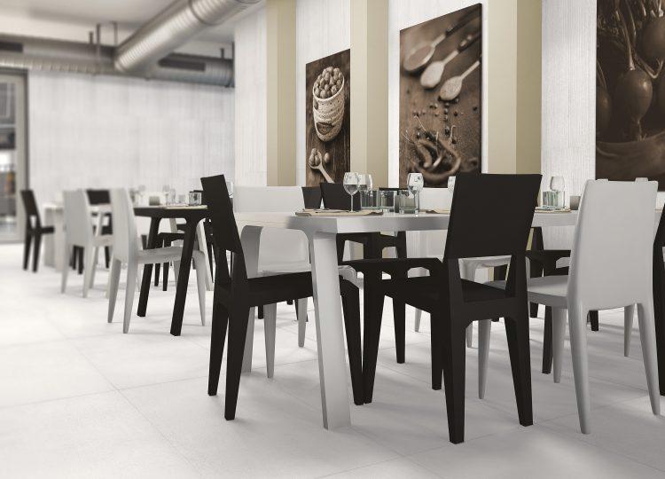 Ambienti Cafeteria bianco-rasato cassero Fliesen in Beton-/Steinoptik