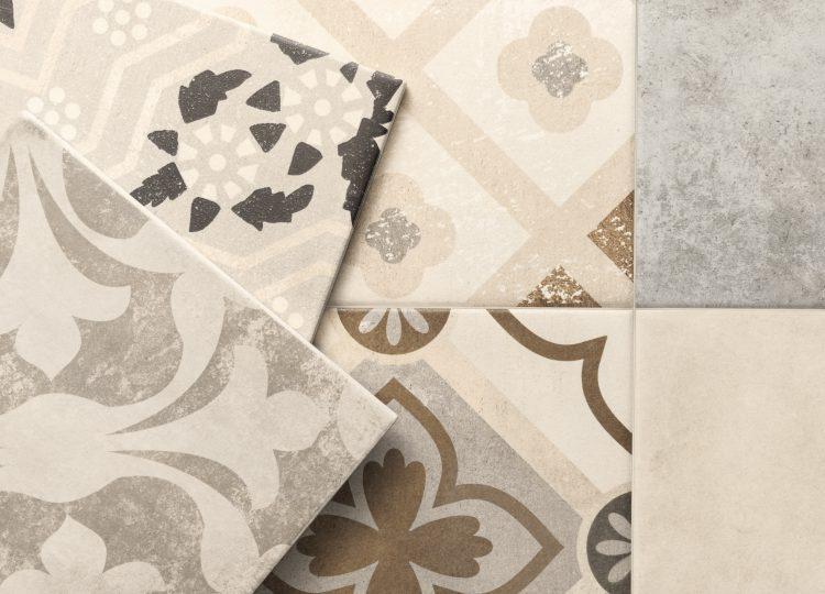 beige und grigia Fliesen im Mosaikformat